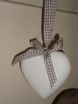 Klein wit houten hart