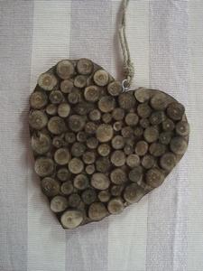 Houten hart met hout